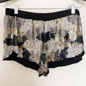 Burning Torch St. Lucia Shorts Sequined Camo